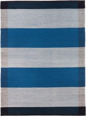 Design av Lisbet Friis Salvia Blue / Off White 170x240cm