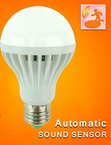 CTB LED Lyspære inteligent pære som tennes ved lyd 7W E27 hvit