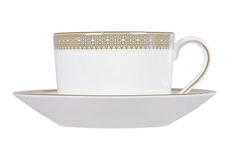 Wedgwood Vera Wang Lace Gold Tea Cup and Saucer. Levering mai