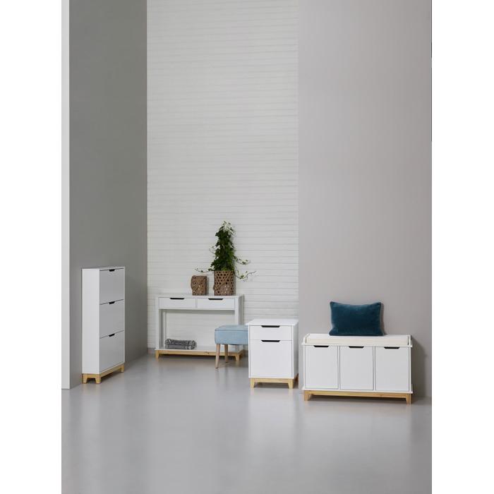 Martinsen Entre / Garderobe